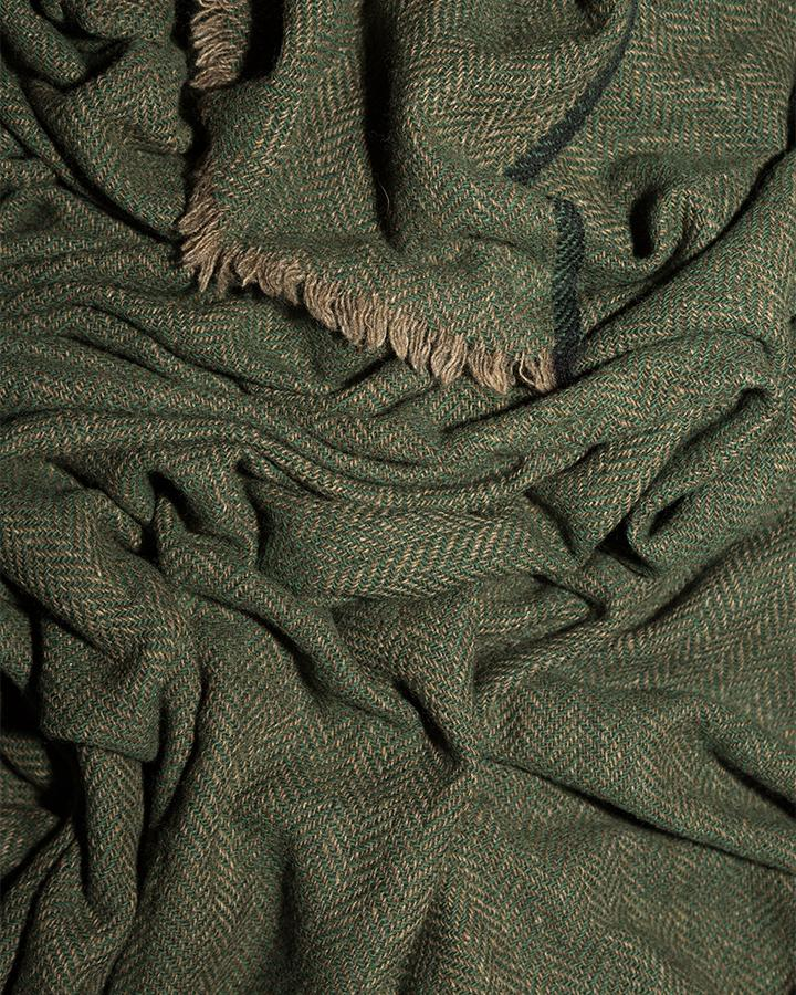 LOVAT&GREEN Herring Green wool scarf