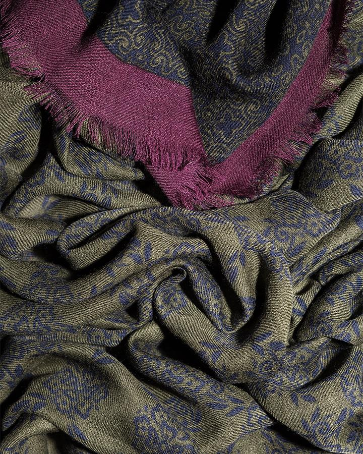 LOVAT&GREEN Flowers Green wool scarf